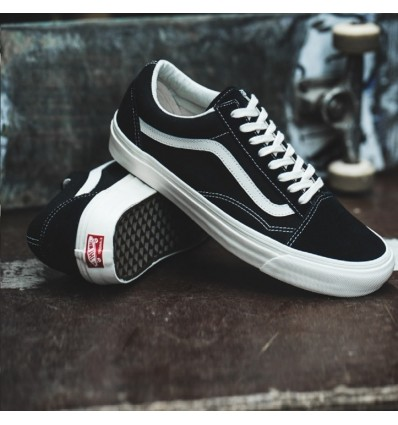 OLD SKOOL BLACK - VANS
