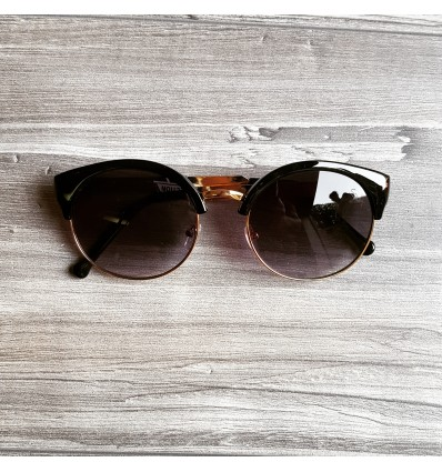 SODA BLACK SUNGLASSES