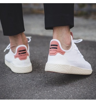 PHARRELL WILLIAMS TENNIS HU PINK - ADIDAS