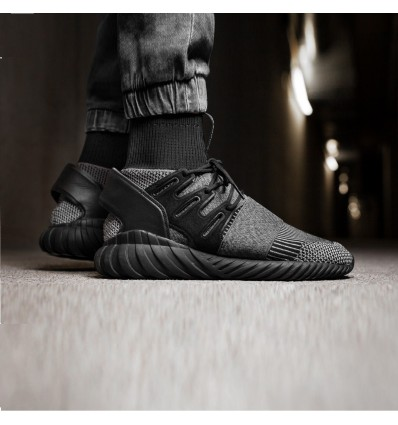 TUBULAR DOOM PRIMEKNIT CORE BLACK - ADIDAS