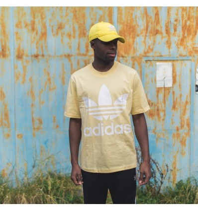 T-SHIRT OVER YELLOW - ADIDAS