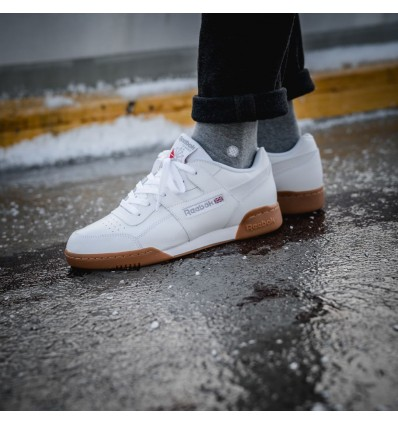 WORKOUT PLUS WHITE GUM - REEBOK