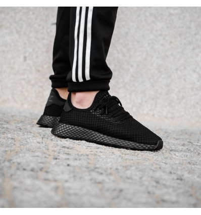 DEERUPT TRIPLE BLACK - ADIDAS